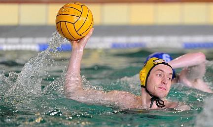 Dresdner Wasserballer mit Sieg und Niederlage zum Jahresauftakt