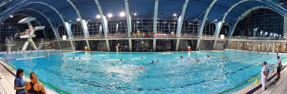 Schwimmhalle in Prag
